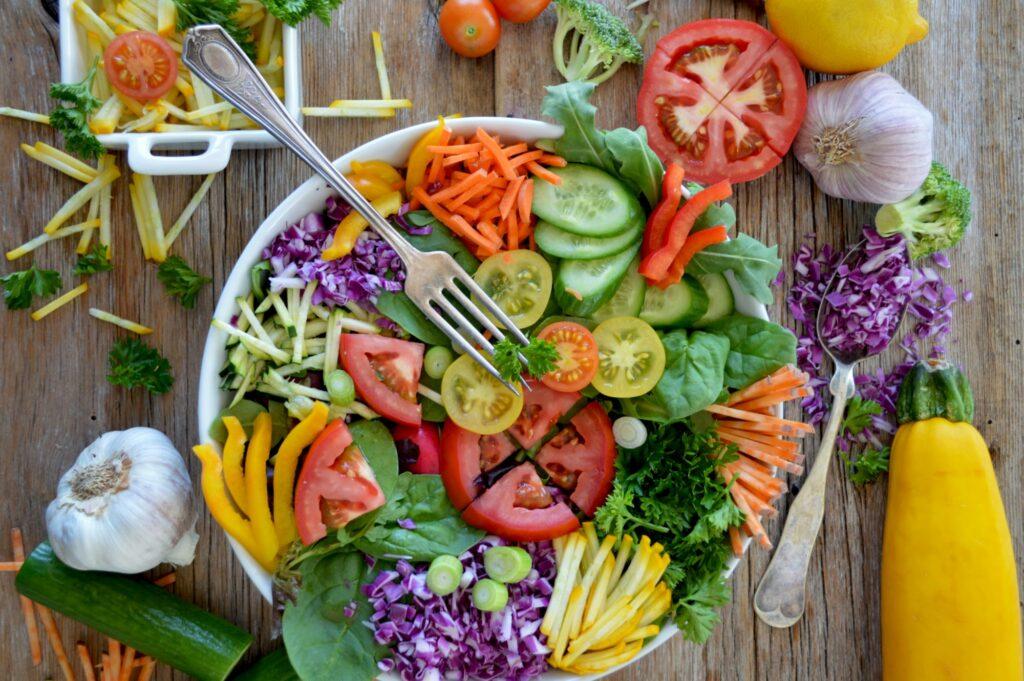 Vegane Ernährungspyramide: Bunt und abwechslungsreich